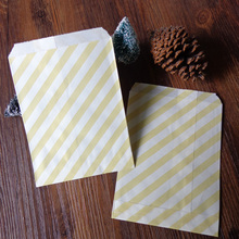 100pcs Light Yellow Stripes Paper Bag Strung Food Quality Craft Favor Candy Snack Bag Gift Treat Paper Bag Party Favor 5 x 7inch