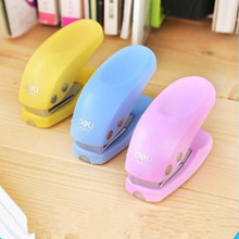 Free Shipping DIY Cute Kawaii Colored Plastic Decorative Scrapbooking Paper Hole Punch Tools Office Binding Supplies 7402(China)