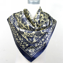 New Arrival Black And White Chain Square Silk Scarf Shawl Fashion New Style Satin Square Scarf Printed Man Silk Scarf 90*90cm
