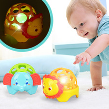 TWINKLECAT 2017 new hot Soft animal hand ball sound lights bell newborn baby baby toy Train children's practical ability