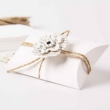 White Paper Pillow Candy Favor Boxes With Decoration For Party 48pcs(China)