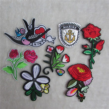 A lot of hybrid patches stripes fashion style hot melt adhesive applique embroidery patch DIY clothing accessory patch cheap