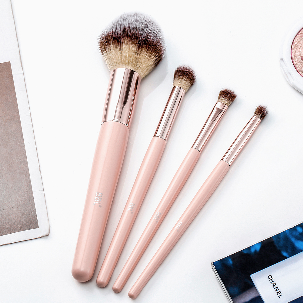 Kabuki Foundation Makeup Brush 23