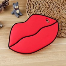 New Arrival Hot Sale 3D Simulation Big Red Lips Cases For Apple iPhone 6 6s 6plus 6splus Women Cell Phone With Chain Case Cover