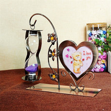 Vintage Home Decor iron Craft Heart Shaped Frame Stand Glass Sandhourglass Table Gift for lover Kids Home Decoration Accessories