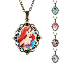 Antique Bronze Vintage Princess Portrait Glass Pendant Necklace Women Maxi Mermaid Shirahoshi Necklace Jewelry For Girls 620220