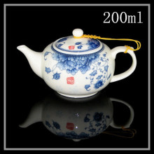 New 2015 Blue and white ceramic Chinese teapot capacity 200 ml ceramic teapot bone china tea set (hand-painted peony design)