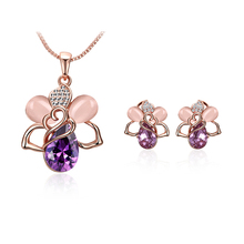 Cute Crystal Bee Pendant Necklace Women Jewelry Stud Earrings Fashion Jewelry Set Free Chain Dropshipping Buy 2 Get 1 Free(China)