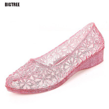 BIGTREE 2017 Summer New Hollow Hole Shoes Sweet Fashion Plastic Crystal Sandals Flat Beach Shoes 6.6 TXJ