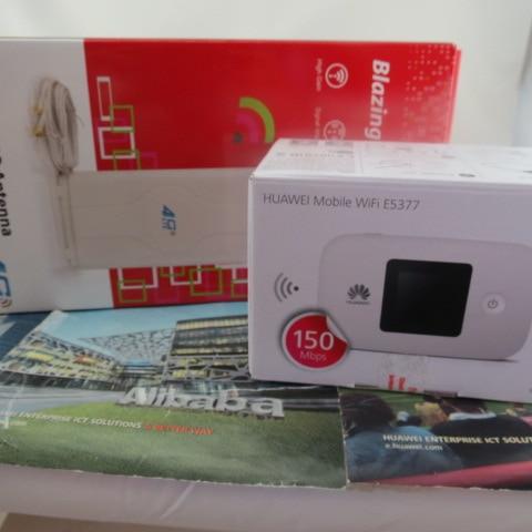 Huawei E5377s-32 150Mbps 4G LTE 3G Wifi Mobile Broadband Hotspot White +4G Signal Amplifier Antenna 49dBi TS9 For HUAWEI E5377<br><br>Aliexpress