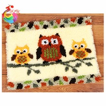 Latch hook rug kits Kostur shaggy rug Handmade carpet circle carpet crochet hooks clover tool kit in a suitcase cushion bird(China)