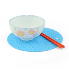 Multi-functional Silicone Table Mat Heat Resistant Pad Non-slip Kitchen Use Anti Ironing Casserole Mat Tray Pad Tea Cup Holder