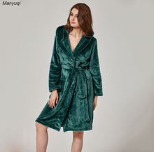 Winter women's bathrobe dark green mid length robe comfortable lounge&home flannel bathrobes femme whit hat(China)