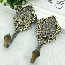 2pcs European Vintage Metal curtain holder Window Drapery Hook Single wall hooks for coat clothes key hanger home decor(China)