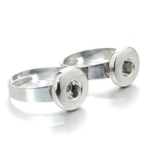 2pcs/lot Fashion High Quality Rhinestone Metal Diy 12mm Snap Button Ring Jewelry For Women & Men 8425(China)