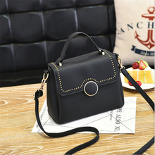 2017 New Brands Women Handbags Fashion Female comfortable PU Shoulder Bags lock catch Ladies Small Handbags rivets bag