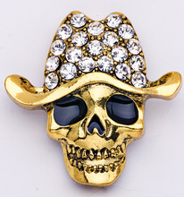 Exquisite fashion Top grade Brooch skull shape Brooch crystal cowboy hat handkerchief knot Halloween decoration(China)