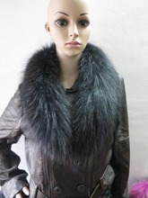 Saling !!! Genuine whole skin Raccoon fur collar (black) scarf cape shipping free(China)