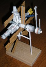 The Soviet spacecraft International Space Station Mir 3D DIY paper model(China)
