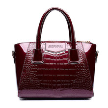 High Quality Brand Design Women's Bag Smile Tote Ladies Handbag Patent Leather Crocodile Embossed Pattern Women Messenger Bag