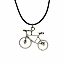 "[$5 Minimum] 2016 New Hot Sell Women Jewelry Fashion Vintage Silver Bicycle Pendant 17"" Short Necklace DY128 Free Shipping"