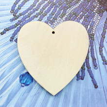 30pcs 5.5cm Wood Chips Wooden heart decoration diy wedding tags valentine decoration hobby craft marriage supply