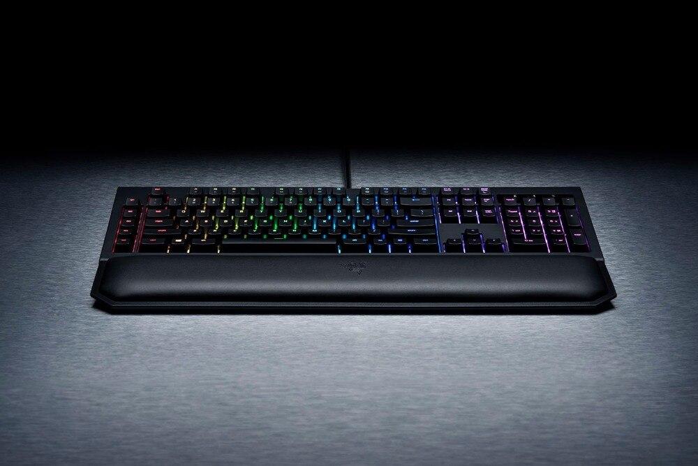 Razer-BlackWidow-Chroma-V2-Keyboard-for-Gaming