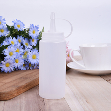 Plastic Squeeze Bottle Condiment Dispenser Sauce Vinegar Oil Ketchup Cruet White Capacity Kitchen Essential Tools(China)