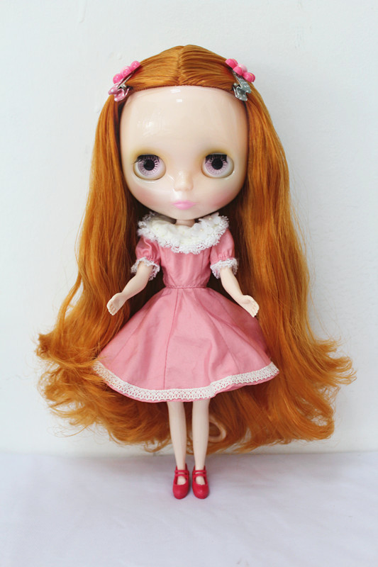 Blyth doll,with transparent skin,with gold hair, it can changed into jointed doll or other hair<br><br>Aliexpress