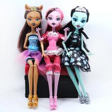 3pcs High Quality Fasion Monster Dolls Draculaura/Clawdeen Wolf/ Frankie Stein / Black WYDOWNA Spider Moveable Body Girls Toys(China)