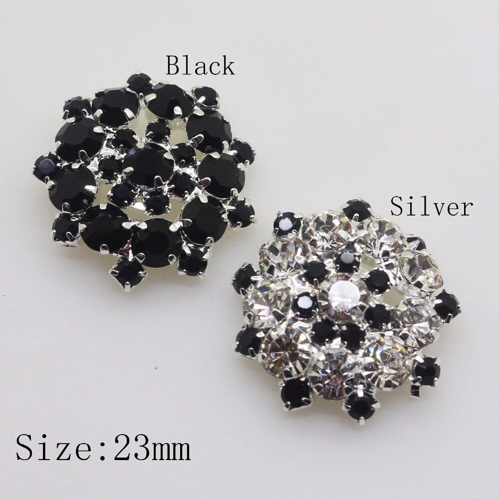 Colour Fashion Button Black /& White Size 23mm