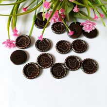 80pcs/lot 25mm mixed Natural Wood Button Hello kitty bulk Sewing Children decoration Craft Accessorie Buttons china scrapbooking(China)