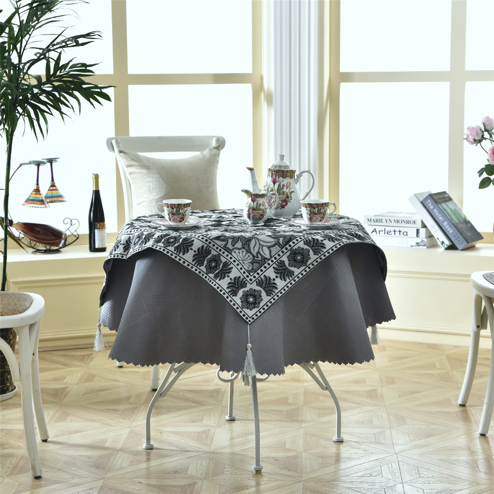 Latest 2 pcs/set Round 140cm Luxury Enbroidery Table Linens Fashion Elegant Black Sliver Cloth Table Decor Accessories(China)