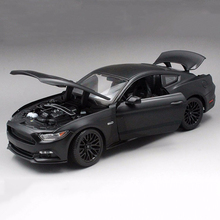 New arrival 1/18 Scale black Mustang 2015 GT 5.0 Alloy Diecast Car alloy diecast Car Model kids toy(China)