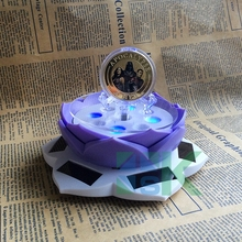 1pcs 360 Turnable Rotating Solar Coin Display Base Coin/Phone/Watches Display Stand Holder With LED Light Rotary Base