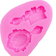 DIY Mirror Comb Soap Candy baking Fondant Mold Sugar Craft Cake Decorating Tools Christmas Silicone Mold F0724