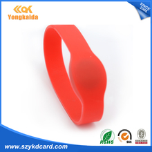YongKaiDa Wholesale 125KHZ TK4100 LF tag Silicone Bracelet rfid watch(China)