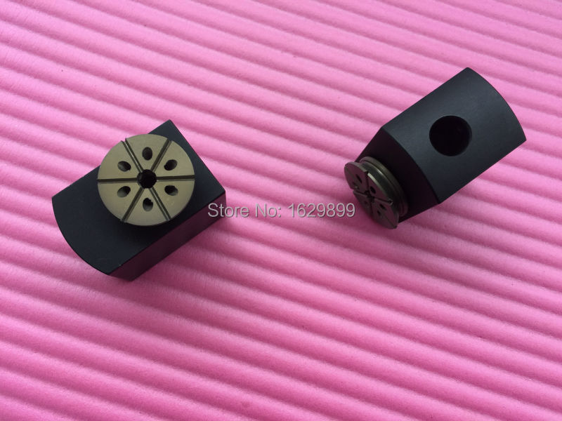 1 pair Forward sucker for Roland 700, free shipping<br><br>Aliexpress
