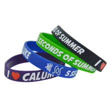 50pcs/lot 5 Seconds of Summer I Love Calum Luke Michael Silicone Debossed Wristband Bracelet