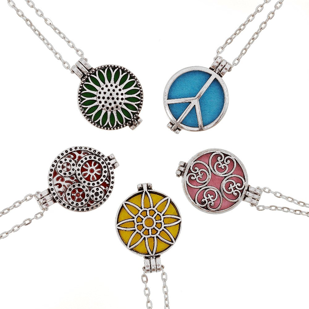 Chain Fragrance Essential Oil Aromatherapy Diffuser Necklace Memory Locket Gift