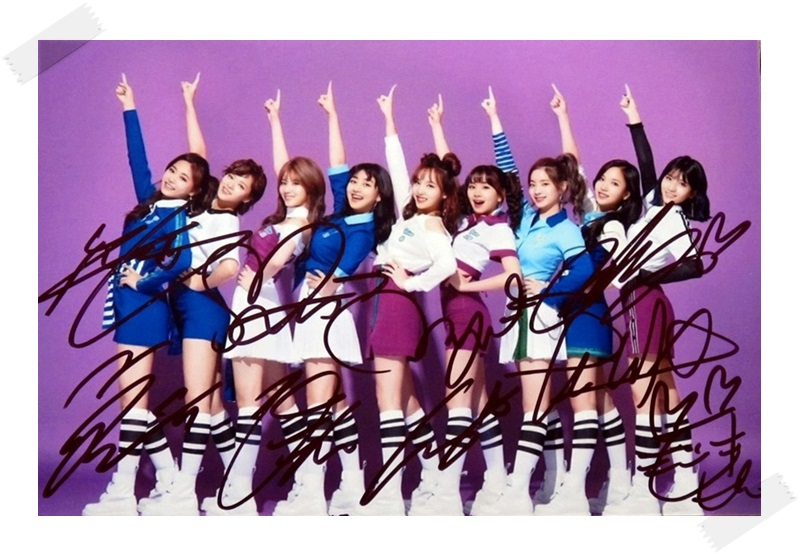 signed TWICE  autographed group photo Twicetagram  6 inches freeshipping 112017C<br>