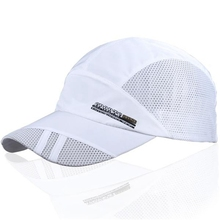 Outdoor Sport Caps Mesh Breathable Man Baseball Golf Cap Summer Adjustable Sun Hat Sports Running Caps for Men Women Logo random