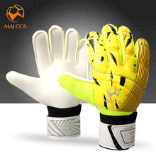 2017 New Professional Men Football Goalkeeper Gloves Thicken Latex Football Gloves Soccer Goal Keeper Goalie Training Gloves