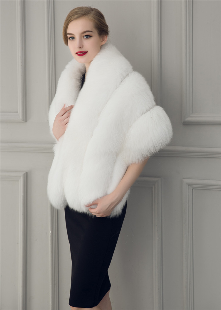 2018 Hcyo Korean version of the imitation of rabbit fur shawl imitation water mane fur grass cloak vest women's coat (7)