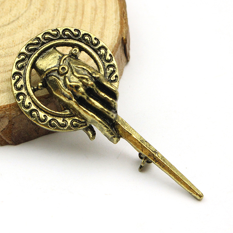 Vintage Antique Bronze King's Hand Mace Tyrell Brooch Pins Cheap Wholesale Movie Jewelry Women And Men Brooc 1d1(China)