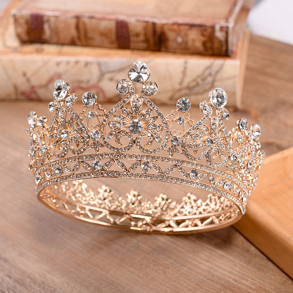 2019 new European style court style bride headdress alloy round round rhinestone baroque bridal crown wholesale