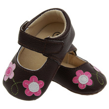 2017 Spring Summer Cute Embroidered Flower Princess Shoes for Baby Girls Infant Indoor Shoes Slippers(China)