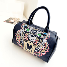 Bailar fashion boston totes messenger shoulder bags women tiger handbag high capacity embroidery famous brand free shipping