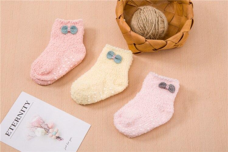جوارب مبطن للاطفال لشتاء دافئ 7