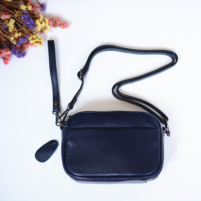 women leather handbags 023